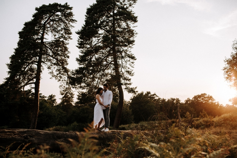 Verlobungsshooting in der Natur